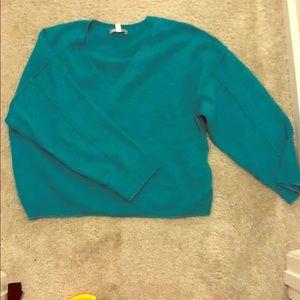 Turquios fashion sweater